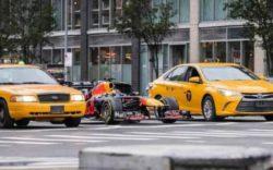 Формула-1 на улицах Нью-Йорка (ВИДЕО)