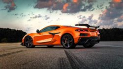 Представлен Chevrolet Corvette Z06 2023 года: суперкар для гоночных треков